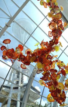 chihuly-garden-glass-seattle-space-needle