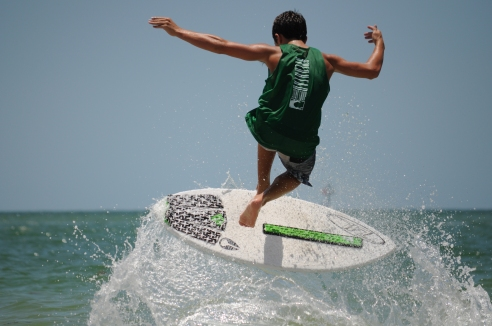 skim-contest-treasure-island-beach